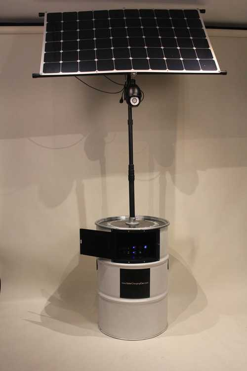 Solar Charging Can